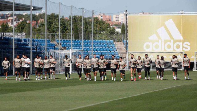 La_Liga-Real_Madrid-Alfredo_Di_Stefano-training