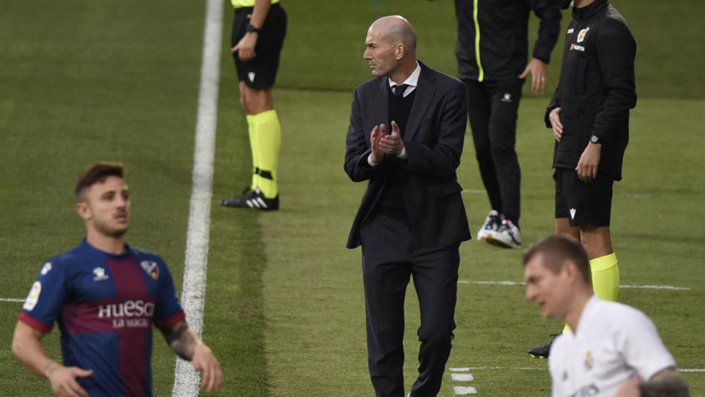 Zinedine-Zidane-sd-huesca-1-2-real-madrid